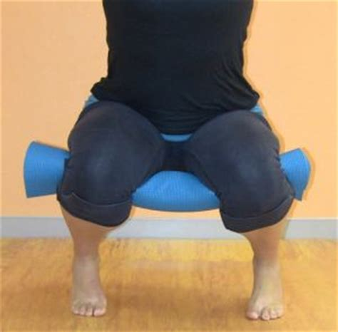To Floor Squats by Squats Pelvic Floor And How To Squat Correctly On
