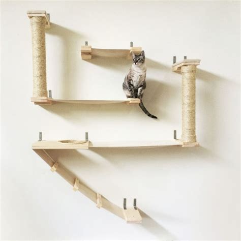 Kuas Cat Cisal 25 best 25 cat towers ideas on cat condo diy cat tree and diy cat tower