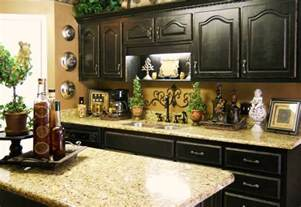 kitchen counter decor ideas the black cabinets and the granite countertops