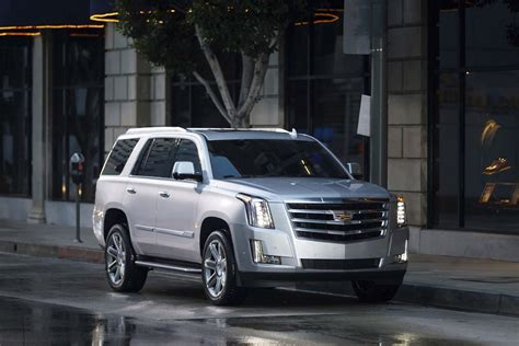 Cadillac Escalade Prices by New And Used Cadillac Escalade Prices Photos Reviews