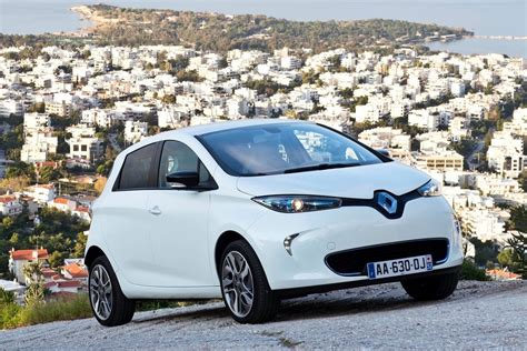 renault zoe 2016 updated renault zoe ev to debut at paris show with 350km