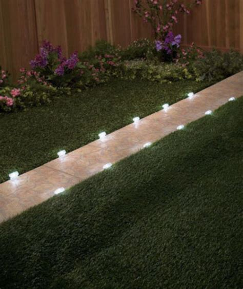 outdoor solar walkway lights 1000 ideas about walkway lights on solar