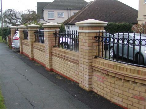 Garden Wall Railings Front Garden Brick Wall Designs Talentneeds