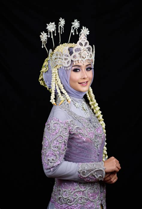 tutorial rias pengantin sunda siger sunda siger hijab 2 sanggar rias pengantin kamala putri