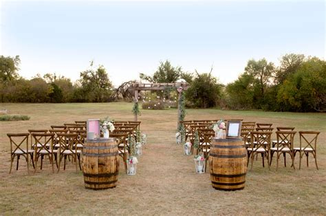 Outdoor Home Christmas Decorating Ideas by Rustic Outdoor Wedding Ceremony Affordable Diy Wedding Ideas