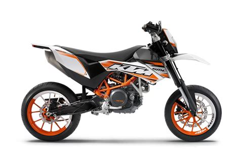 Ktm 690 Reviews 690 Smc R 2010 2013 Review Visordown