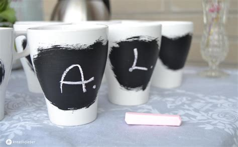 tafelfarbe auf glas gastgeschenkidee tassen mit tafelfarbe