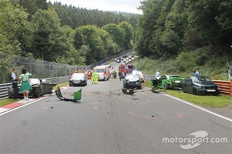 Motorrad Unfall Nürburgring by Schwerer Unfall Auf Der N 252 Rburgring Nordschleife Mit 10