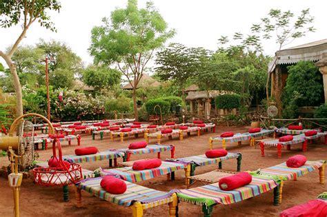 Gujarati Restaurants In Gujarat   Gujarati Theme