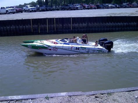 tri hull boat racing 1989 skater 24 powerboat for sale in michigan