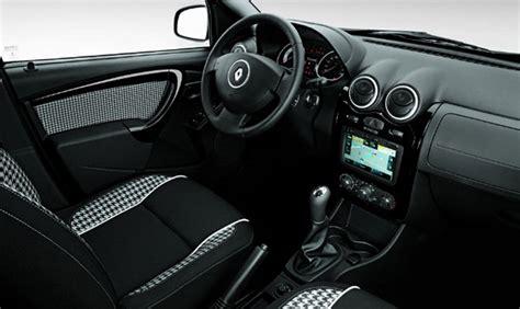renault sandero interior renault sandero stepway tweed introduced in brazil