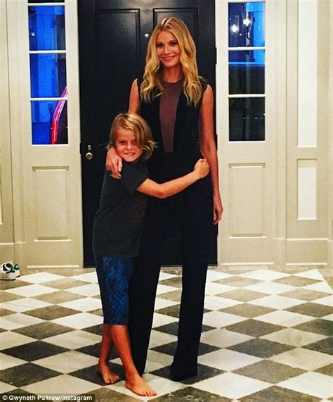 Gwyneth Paltrow puts a loving arm around children Apple and Moses   Daily Mail Online