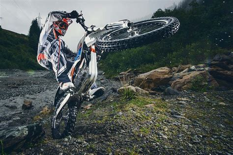 Electric Dirt Bike Ktm Electric The Ktm Freeride E Is Finally Ready For