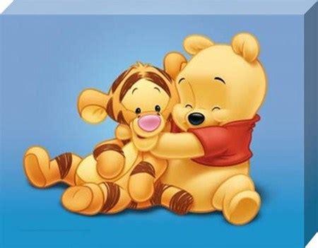 imagenes de winnie pooh y tigger bebes baby pooh and tigger cuddle together we heart it