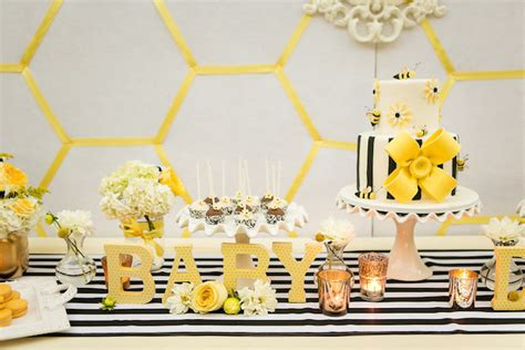 Neutral Baby Shower Themes by 10 Baby Shower Themes More4momz