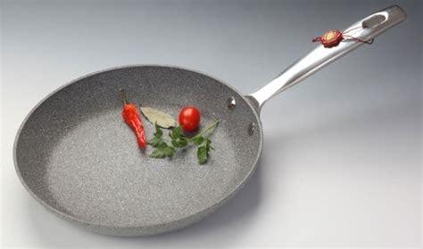 come cucinare l albume d uovo come cucinare l albume e altri cibi senza grassi
