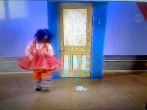 big comfy couch dance academy big comfy couch dance academy bunny hopscotch youtube