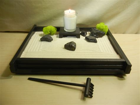 m02 medium desk or table top zen garden w candle and stand