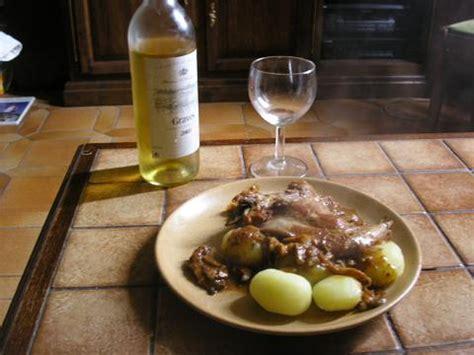 cuisine au vin jaune lapin truff 233 au vin jaune pour 4 personnes recettes
