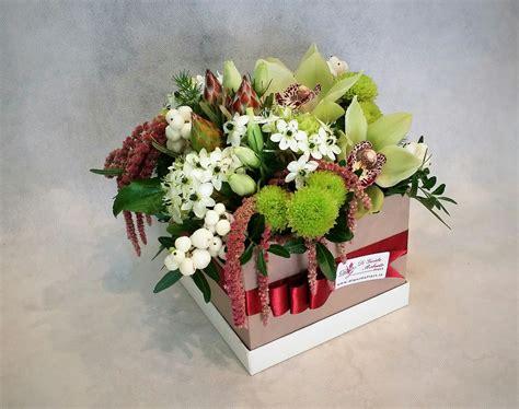 fiori color verde fiori in scatola verde e vinaccia fiorista roberto di