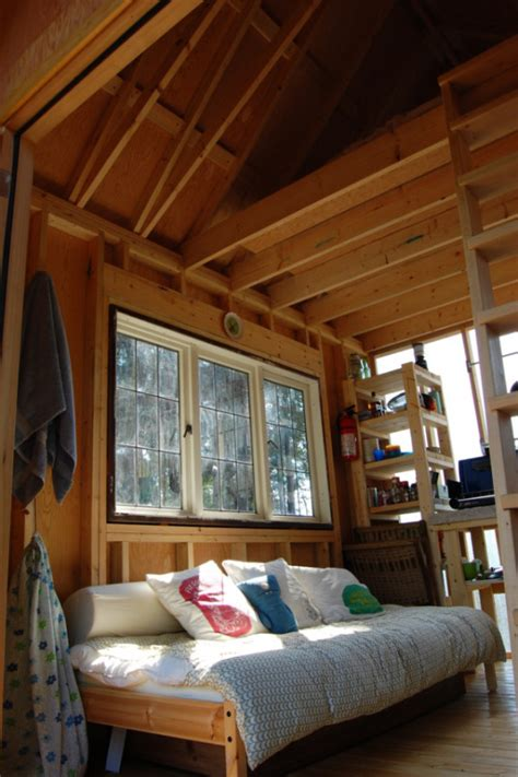 young family build  tiny cabin   weeks