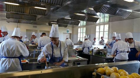 scuola alma cucina una studentessa di terni selezionata da scuola