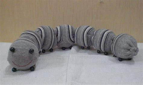 Kaos Kreasi Sendiri 6 boneka lucu dari kaos kaki