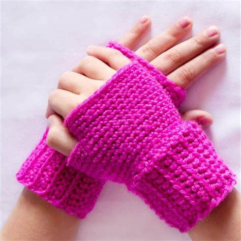 crochet gloves 48 marvelous crochet fingerless gloves pattern diy to make