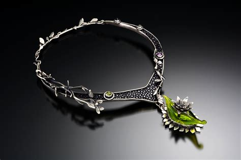 jewelry designer - Luxury Jewelry Designers