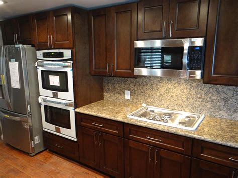 kitchen stone backsplash ideas with dark cabinets subway tile exterior colors dreams kitchens