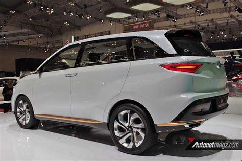 Lu Belakang Mobil Avanza daftar mobil baru 2018 makin seru dan sengit