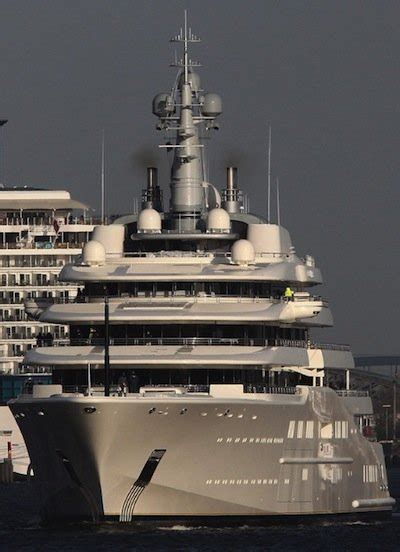 yacht y4h now you can rent roman abramovich s megayacht for 2
