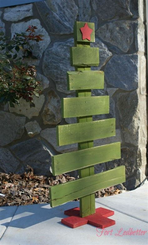 diy pallet christmas tree tutorial christmas gifts and