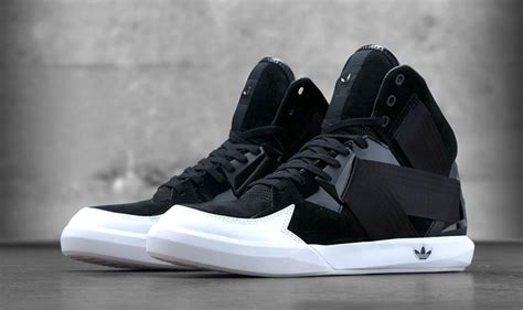 adidas originals   high top sneakers alphastyles