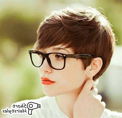 short hairstyles glasses wearers 20 ideas of short hairstyles for glasses wearers