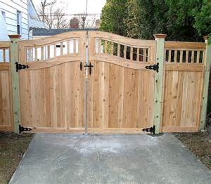 wooden gate pictures