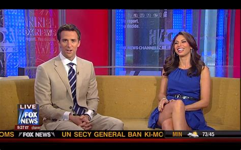 made pligg news business nicole petallides legs on the fox and friends couch sexy