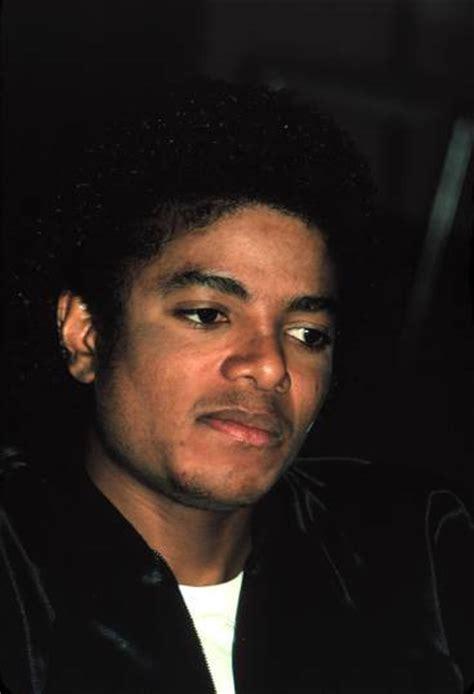 imagenes en blanco y negro de michael jackson michael jackson de negro a blanco prensacorazon