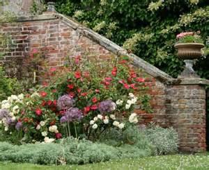 Englische Grten Gestalten Grundkurs Gartengestaltung Mauern Und Treppen Living