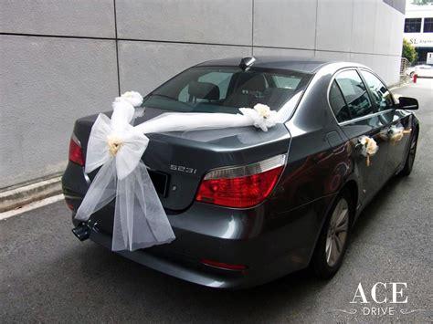 Car Decorations - bmw 523i saloon wedding car decorations