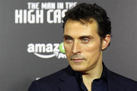 rufus sewell series rufus sewell photos photos the man in the high castle
