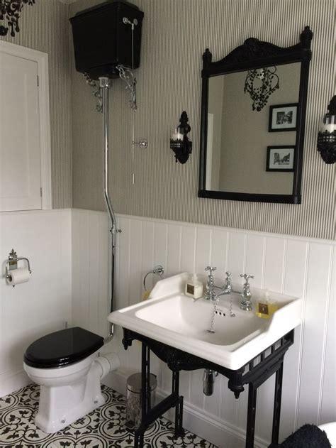 edwardian bathroom ideas 1000 ideas about small vintage bathroom on