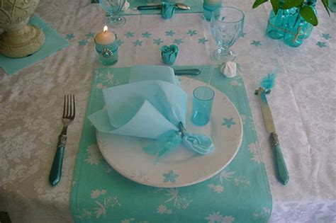 Ideas For Turquoise Table Ls Design Table Decoration With Flowers And Feathers In White And