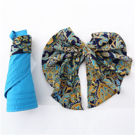 Ilustrasi Wajah Flat Design topi wanita anti uv summer style orange