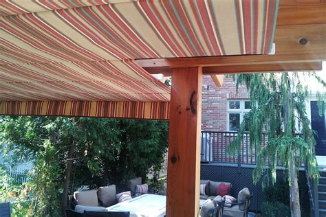 Retractable Awnings Toronto notched retractable awning in toronto shadefx canopies