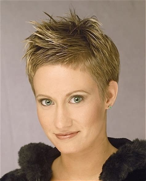 images of somewhat spike womens hair that doesnt look wet 20 fabulous spiky haircut inspiration for the bold women