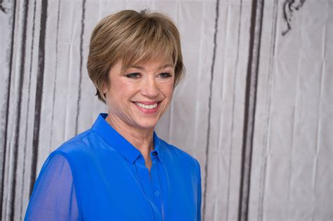 how to have dorothy hamill current haircuts dorothy hamill s famous wedge haircut photo gallery