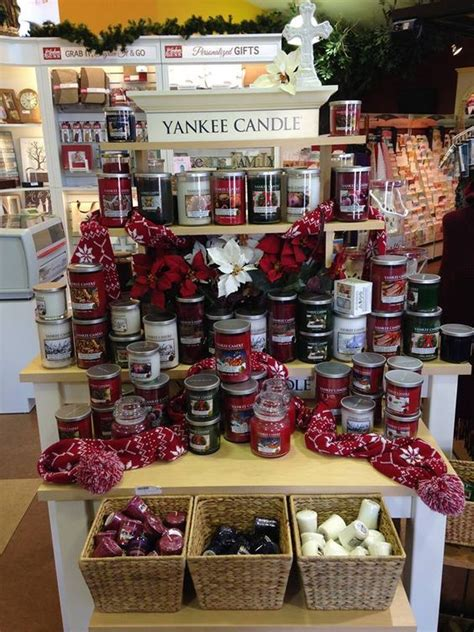 yankee candle christmas display place like home