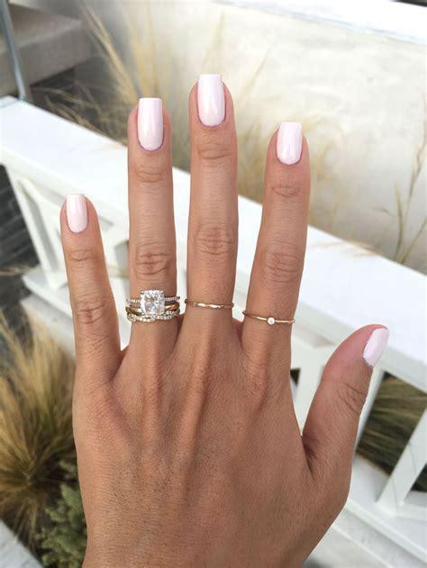Best 25  Pale nails ideas on Pinterest   Light colored
