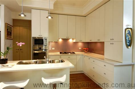 clean polyurethane island 17 best images about polyurethane kitchens on pinterest